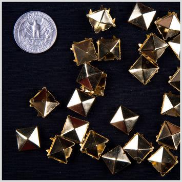 1/2 Gold Pyramid Nailheads