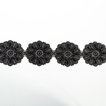 "Italian Metallic Silver and Black Embroidered Medallion Lace Trimming 4""-123331-10"