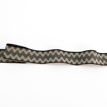 "Italian Ivory and Black Zig Zag Jacquard Ribbon 1.25""-123361-10"