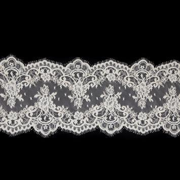 """Ivory Corded Lace with Scalloped Eyelash Edges 8.5""""-123494-10"""