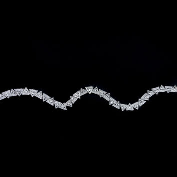 """Silver and Crystal Triangular Rhinestone Trim 0.625""""-123518-10"""