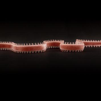 """Italian Dusty Rose Picot Edge Velvet Ribbon 0.375""""-324968-10"""