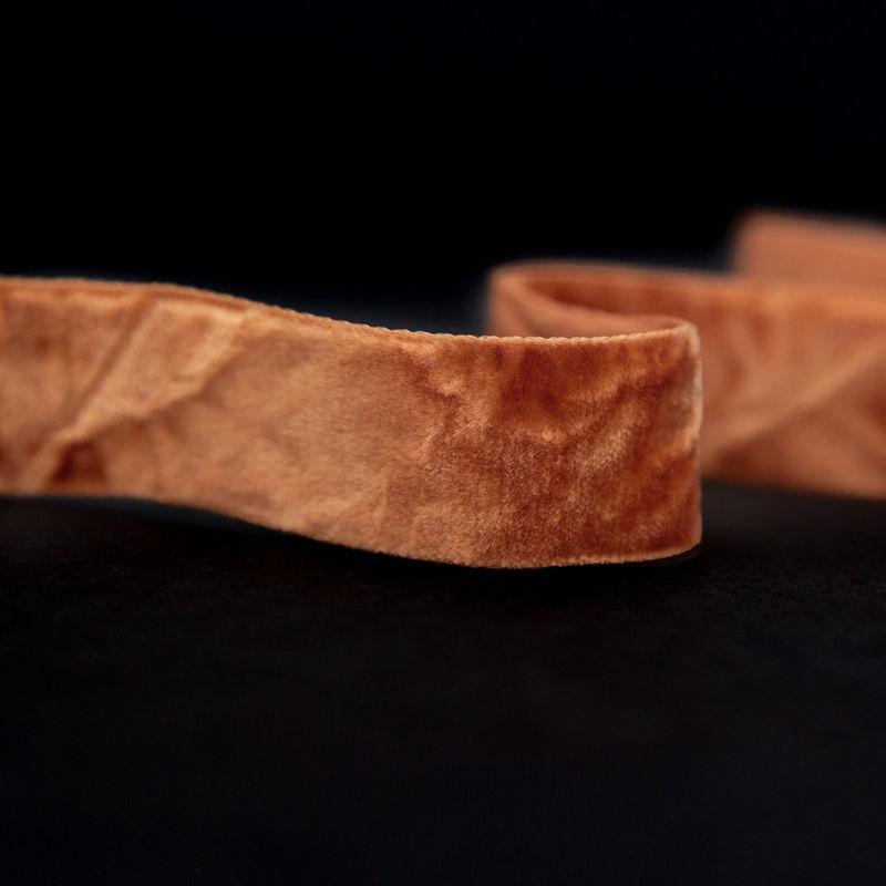 Italian Harvest Gold Crushed Velvet Ribbon - 0.875 - Detail